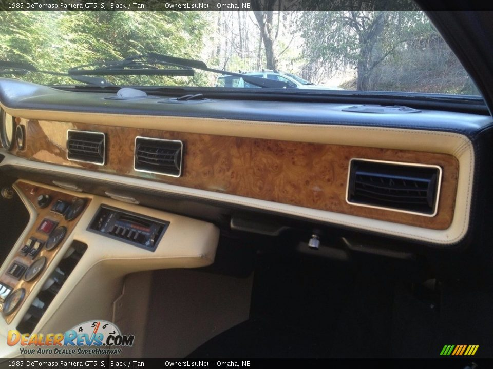 Dashboard of 1985 DeTomaso Pantera GT5-S Photo #13