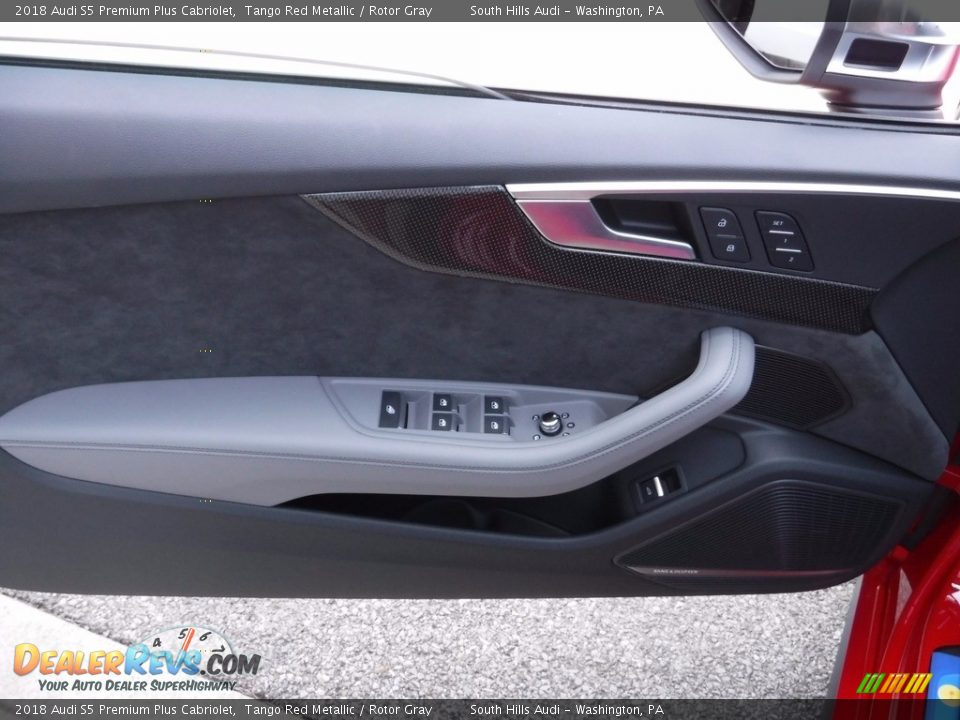 Door Panel of 2018 Audi S5 Premium Plus Cabriolet Photo #26