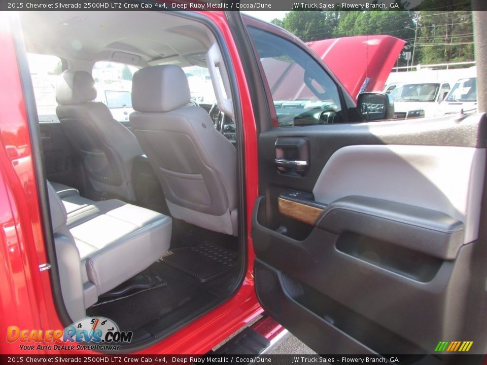 2015 Chevrolet Silverado 2500HD LTZ Crew Cab 4x4 Deep Ruby Metallic / Cocoa/Dune Photo #24
