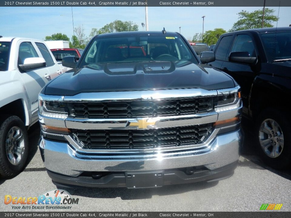 2017 Chevrolet Silverado 1500 LT Double Cab 4x4 Graphite Metallic / Jet Black Photo #2