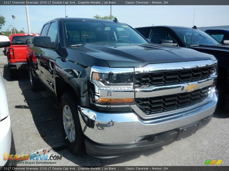 2017 Chevrolet Silverado 1500 LT Double Cab 4x4 Graphite Metallic / Jet Black Photo #3