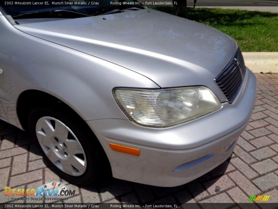 2002 Mitsubishi Lancer ES Munich Silver Metallic / Gray Photo #31