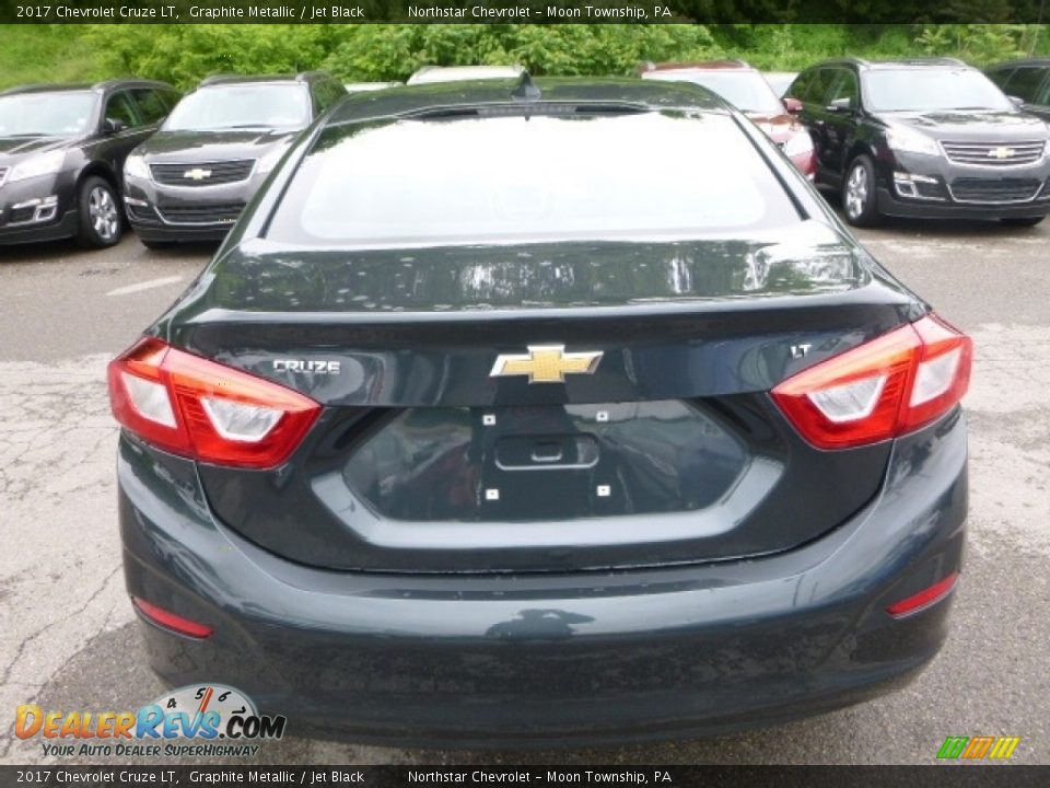 2017 Chevrolet Cruze LT Graphite Metallic / Jet Black Photo #4