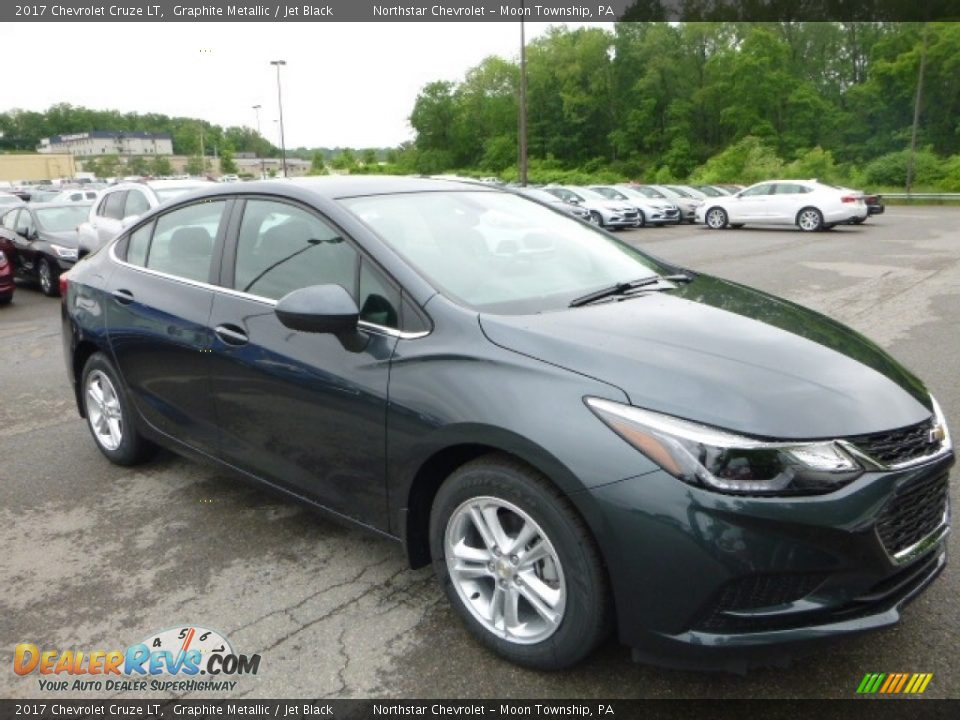 2017 Chevrolet Cruze LT Graphite Metallic / Jet Black Photo #7