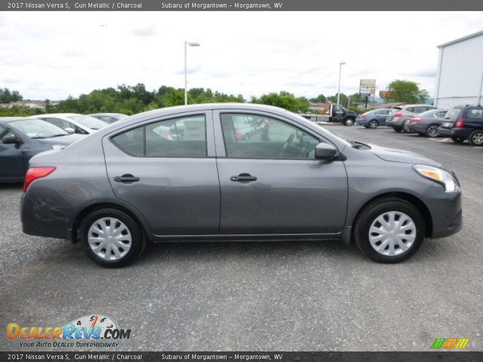 2017 Nissan Versa S Gun Metallic / Charcoal Photo #3