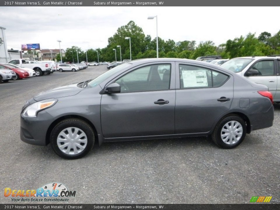 2017 Nissan Versa S Gun Metallic / Charcoal Photo #10