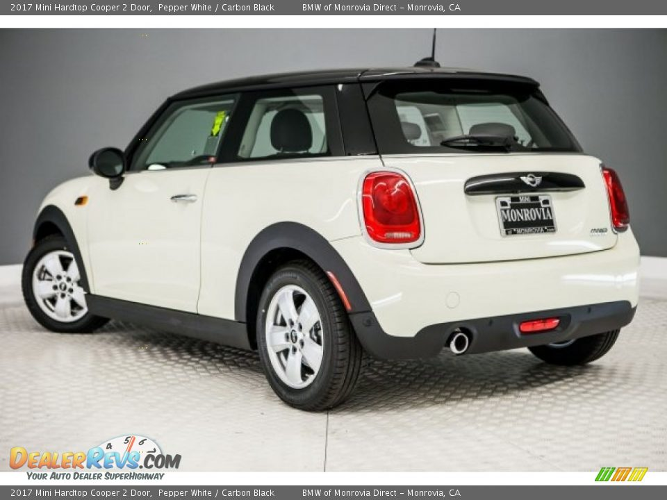 2017 Mini Hardtop Cooper 2 Door Pepper White / Carbon Black Photo #3