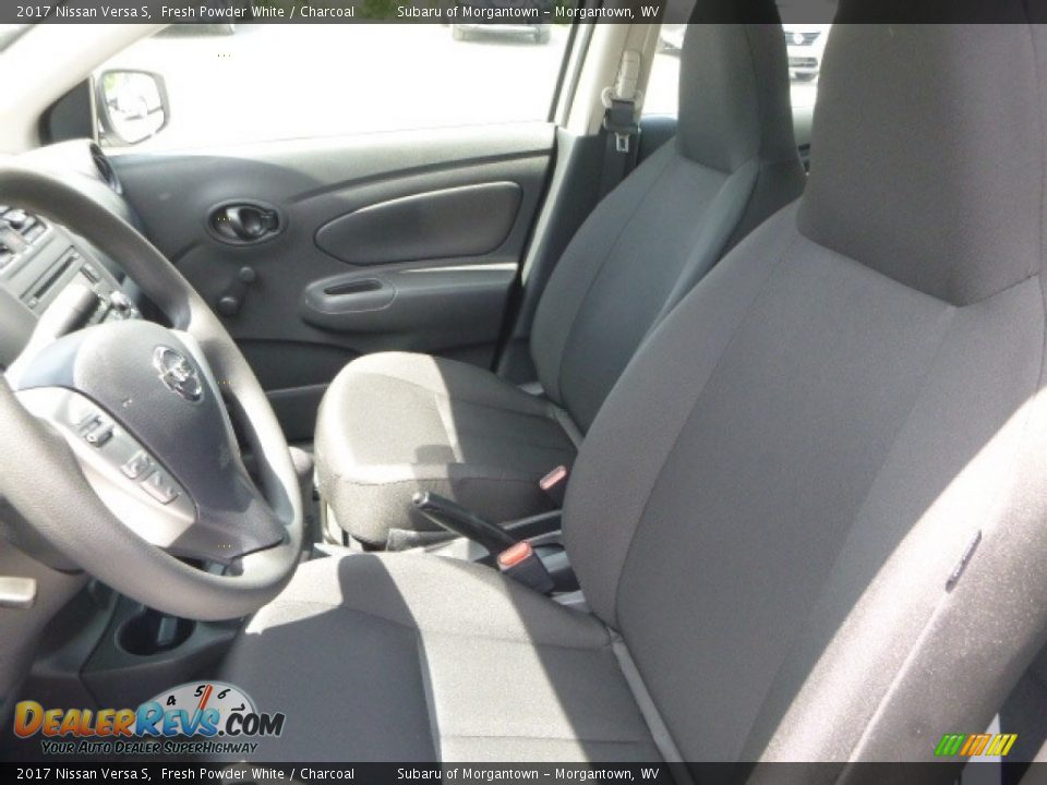 2017 Nissan Versa S Fresh Powder White / Charcoal Photo #16
