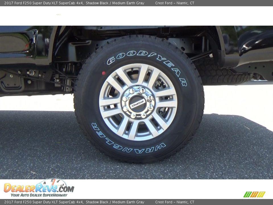 2017 Ford F250 Super Duty XLT SuperCab 4x4 Shadow Black / Medium Earth Gray Photo #18