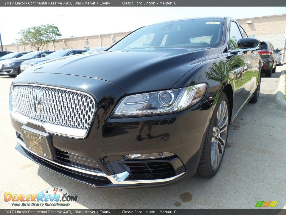 2017 Lincoln Continental Reserve AWD Black Velvet / Ebony Photo #2
