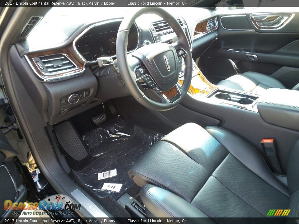 Front Seat of 2017 Lincoln Continental Reserve AWD Photo #7