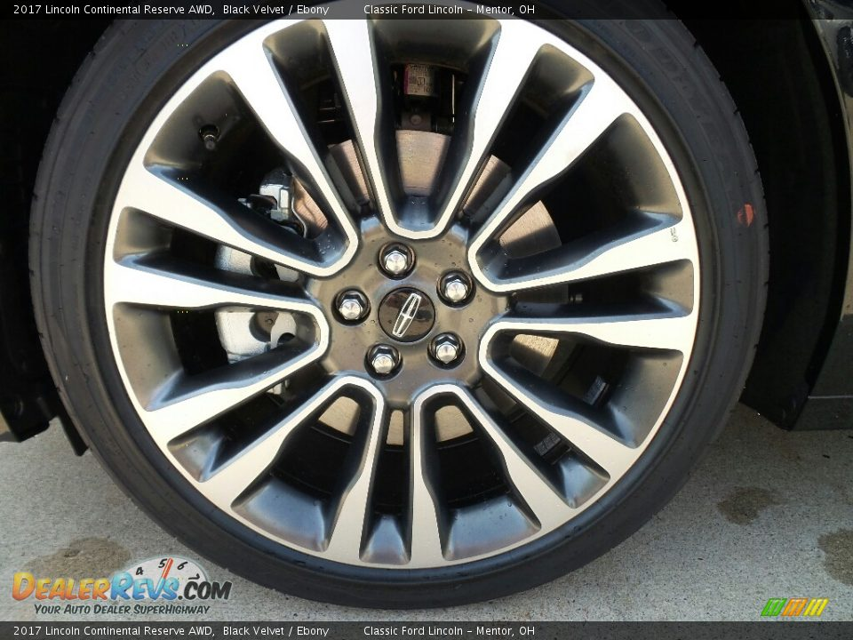 2017 Lincoln Continental Reserve AWD Wheel Photo #11