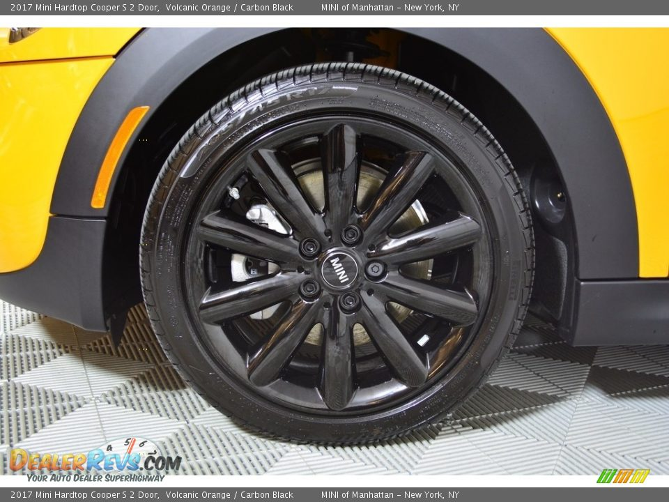 2017 Mini Hardtop Cooper S 2 Door Volcanic Orange / Carbon Black Photo #22