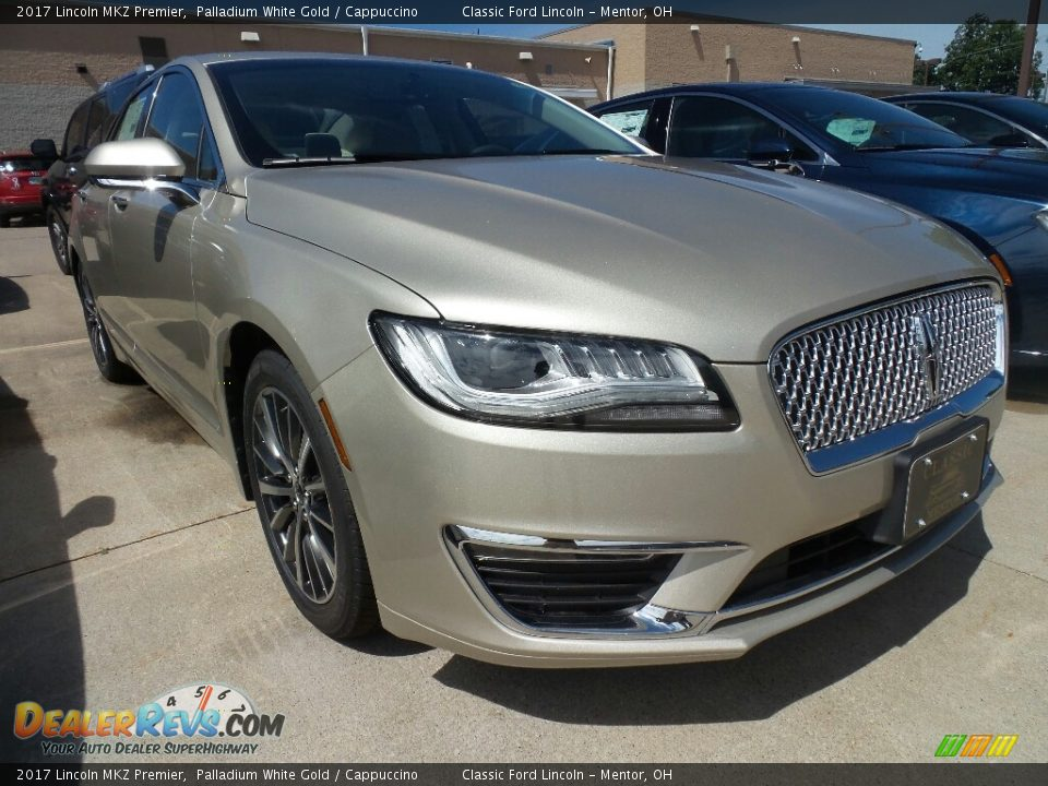 Front 3/4 View of 2017 Lincoln MKZ Premier Photo #1