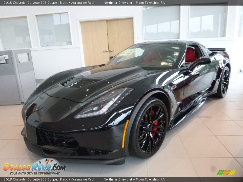 Front 3/4 View of 2018 Chevrolet Corvette Z06 Coupe Photo #1