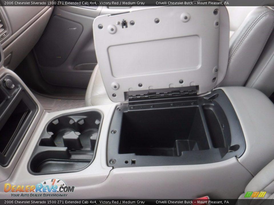 2006 Chevrolet Silverado 1500 Z71 Extended Cab 4x4 Victory Red / Medium Gray Photo #25