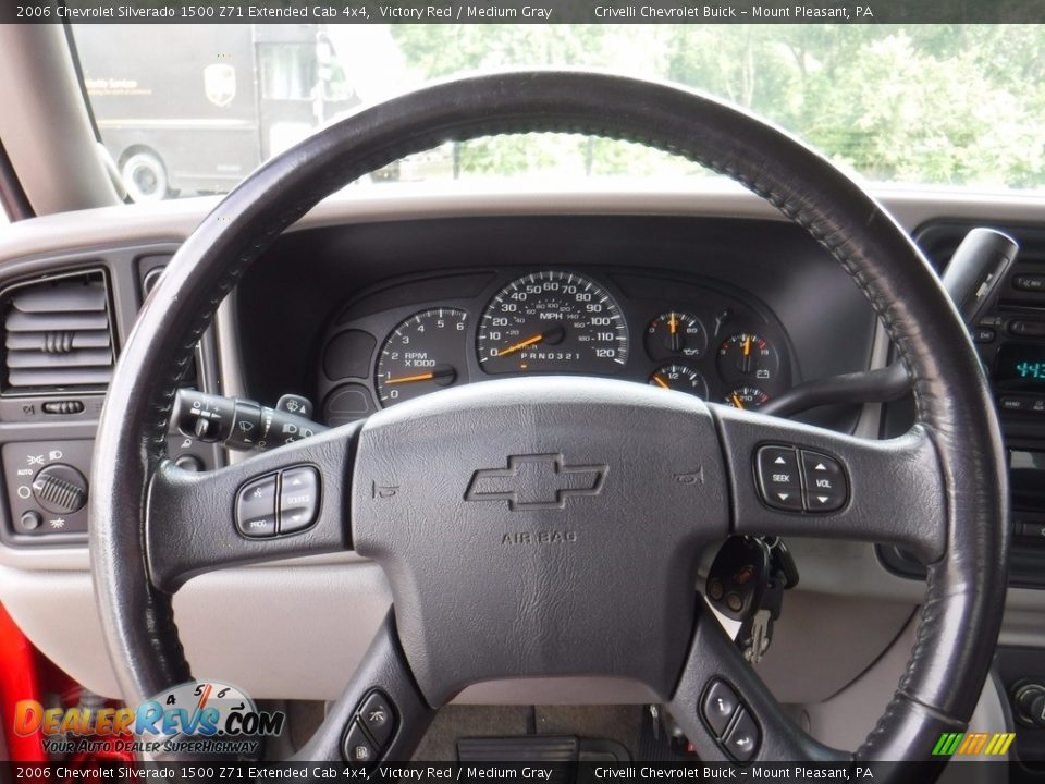 2006 Chevrolet Silverado 1500 Z71 Extended Cab 4x4 Victory Red / Medium Gray Photo #29