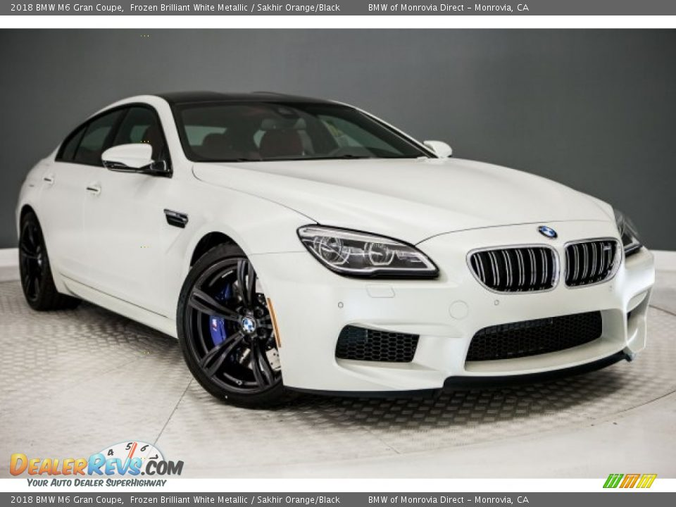 Front 3/4 View of 2018 BMW M6 Gran Coupe Photo #12