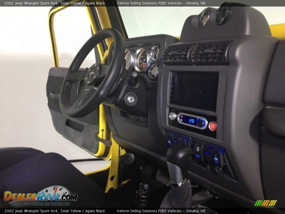 2002 Jeep Wrangler Sport 4x4 Solar Yellow / Agate Black Photo #11