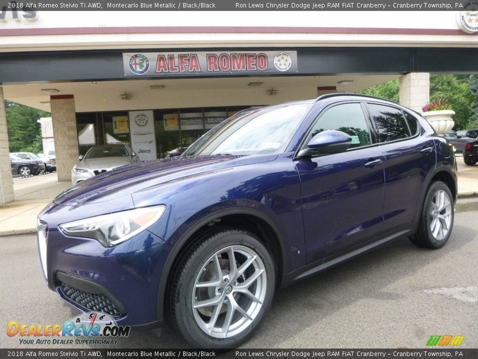 Front 3/4 View of 2018 Alfa Romeo Stelvio Ti AWD Photo #2