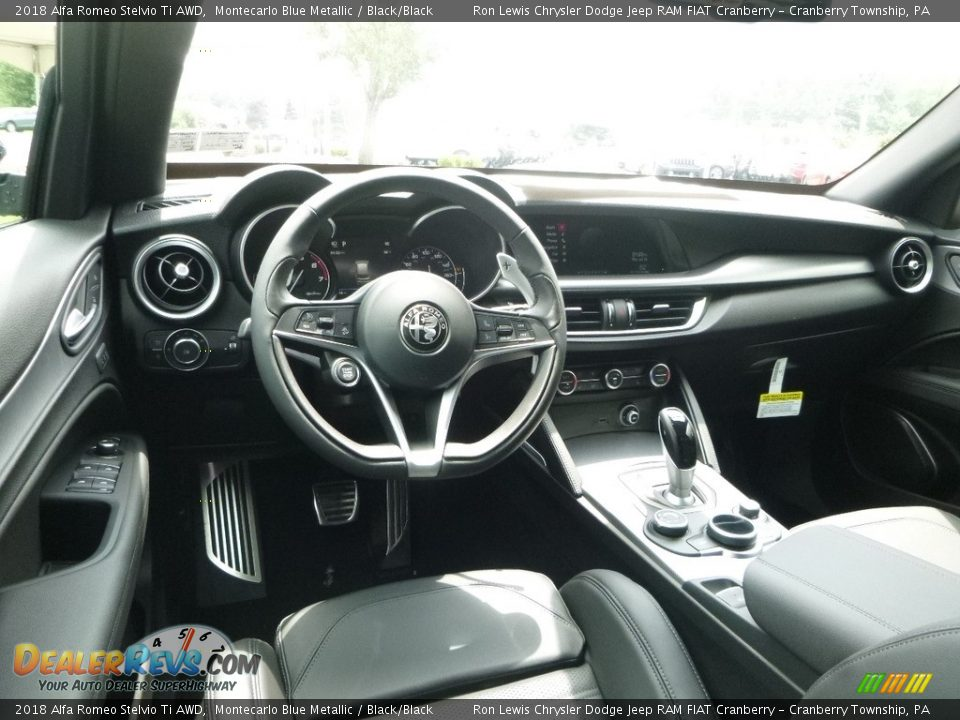 Black/Black Interior - 2018 Alfa Romeo Stelvio Ti AWD Photo #19