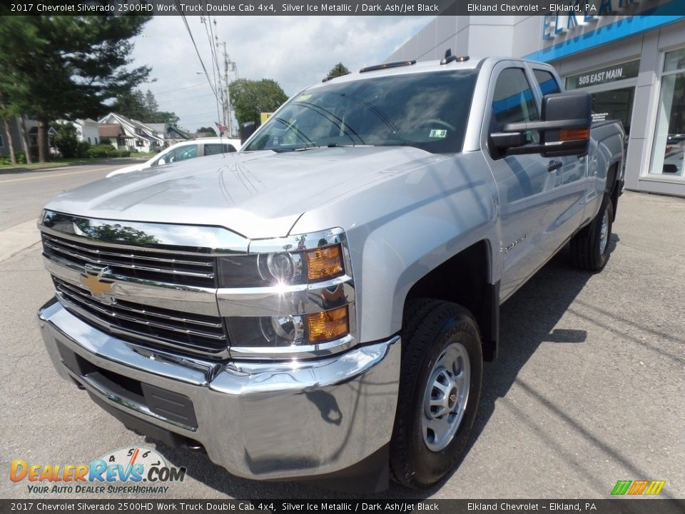 2017 Chevrolet Silverado 2500HD Work Truck Double Cab 4x4 Silver Ice Metallic / Dark Ash/Jet Black Photo #3