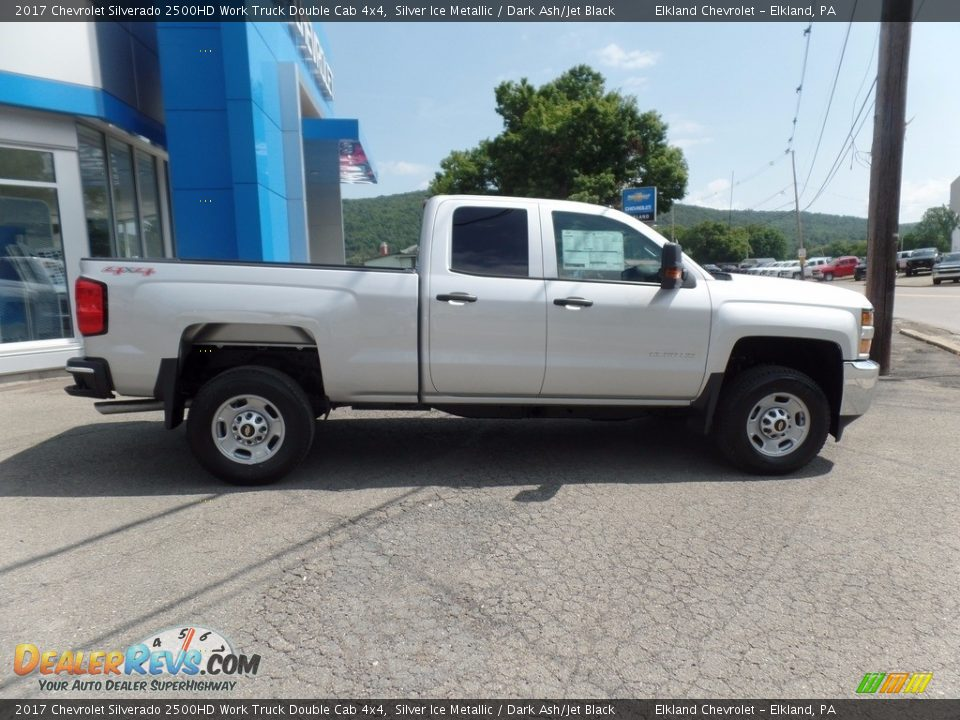 2017 Chevrolet Silverado 2500HD Work Truck Double Cab 4x4 Silver Ice Metallic / Dark Ash/Jet Black Photo #9