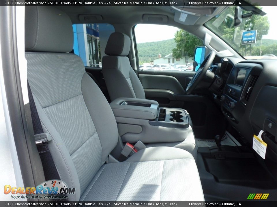 2017 Chevrolet Silverado 2500HD Work Truck Double Cab 4x4 Silver Ice Metallic / Dark Ash/Jet Black Photo #13