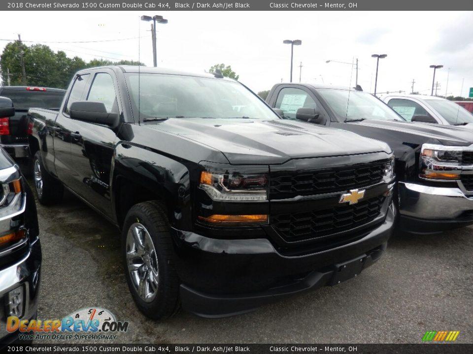 2018 Chevrolet Silverado 1500 Custom Double Cab 4x4 Black / Dark Ash/Jet Black Photo #3