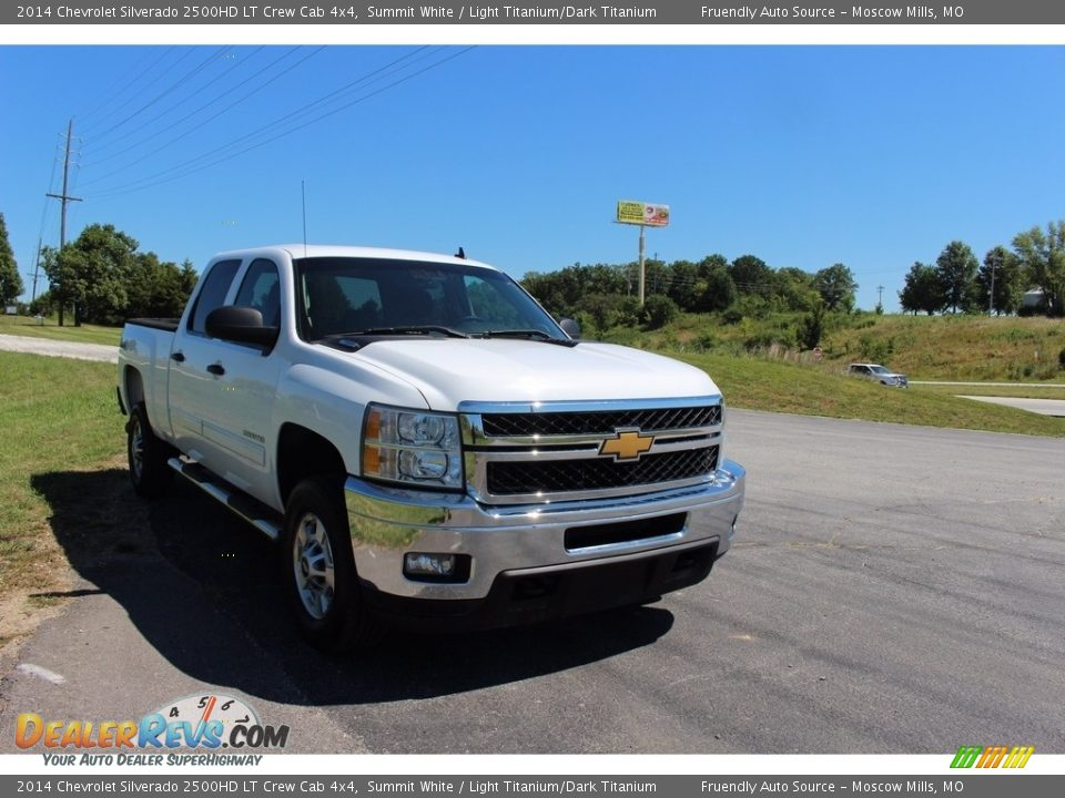 2014 Chevrolet Silverado 2500HD LT Crew Cab 4x4 Summit White / Light Titanium/Dark Titanium Photo #30
