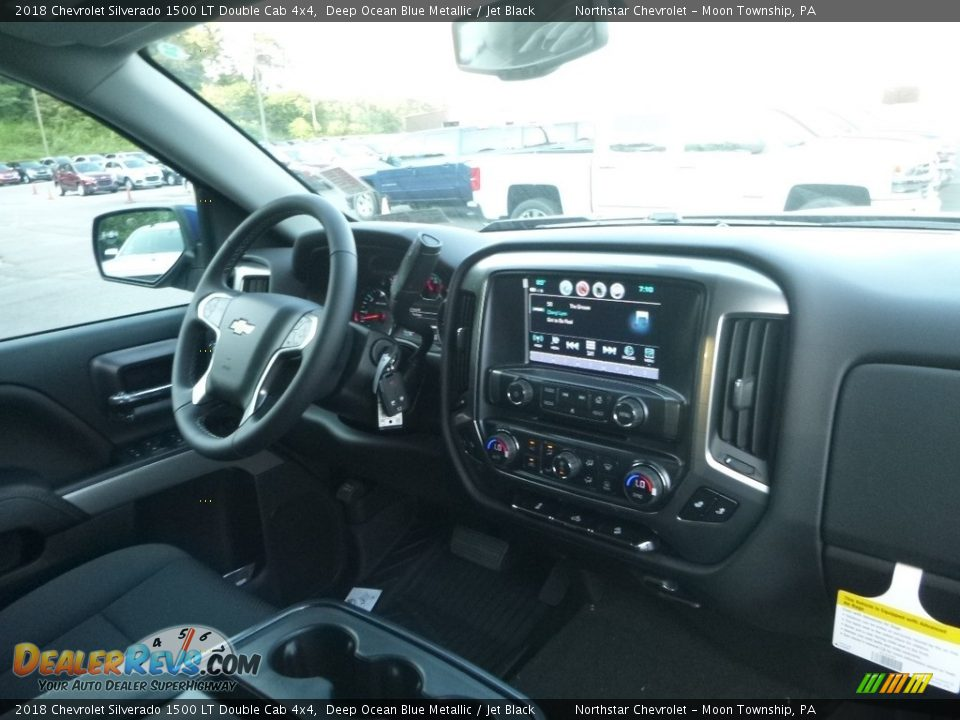 2018 Chevrolet Silverado 1500 LT Double Cab 4x4 Deep Ocean Blue Metallic / Jet Black Photo #12
