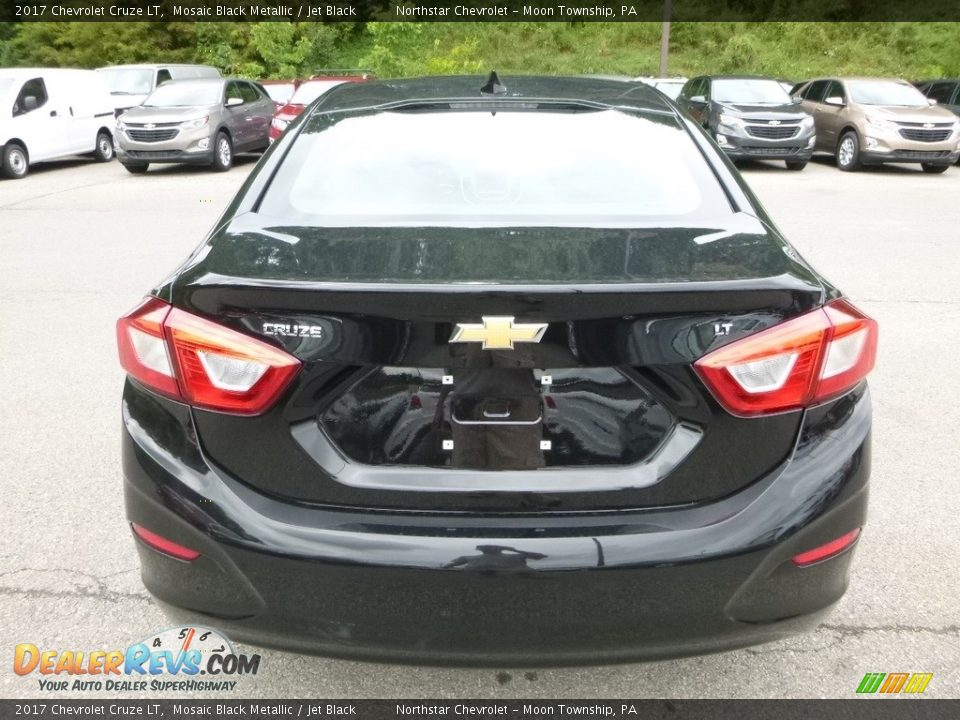 2017 Chevrolet Cruze LT Mosaic Black Metallic / Jet Black Photo #4
