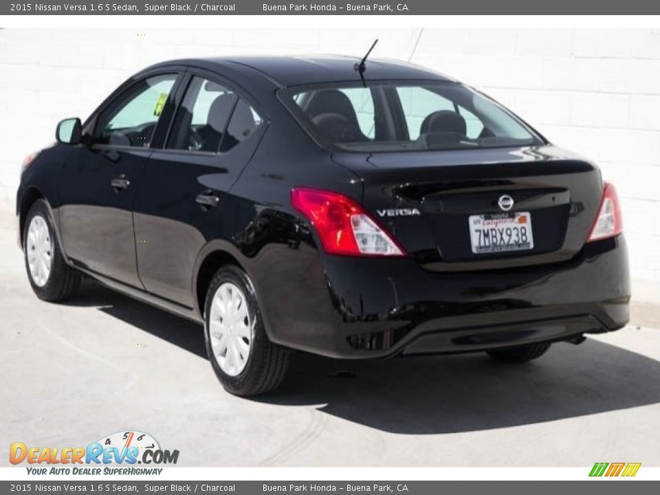 2015 Nissan Versa 1.6 S Sedan Super Black / Charcoal Photo #2