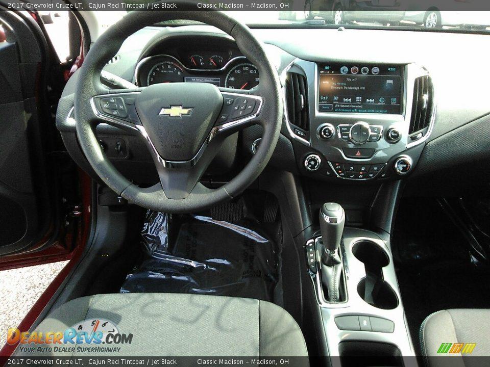2017 Chevrolet Cruze LT Cajun Red Tintcoat / Jet Black Photo #6