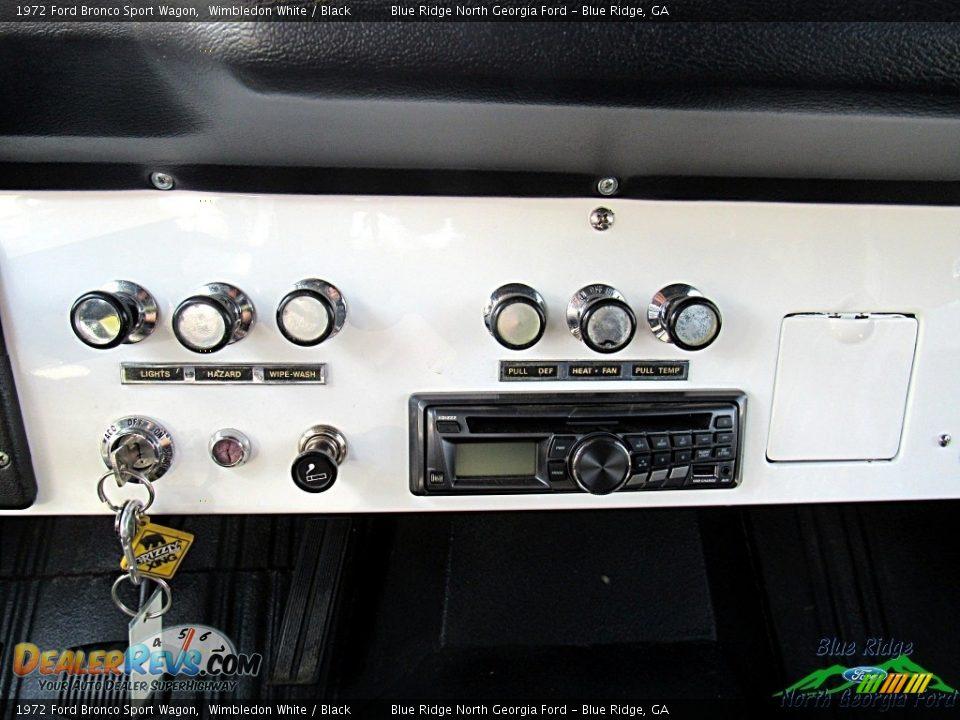 1972 Ford Bronco Sport Wagon White / Black Photo #23