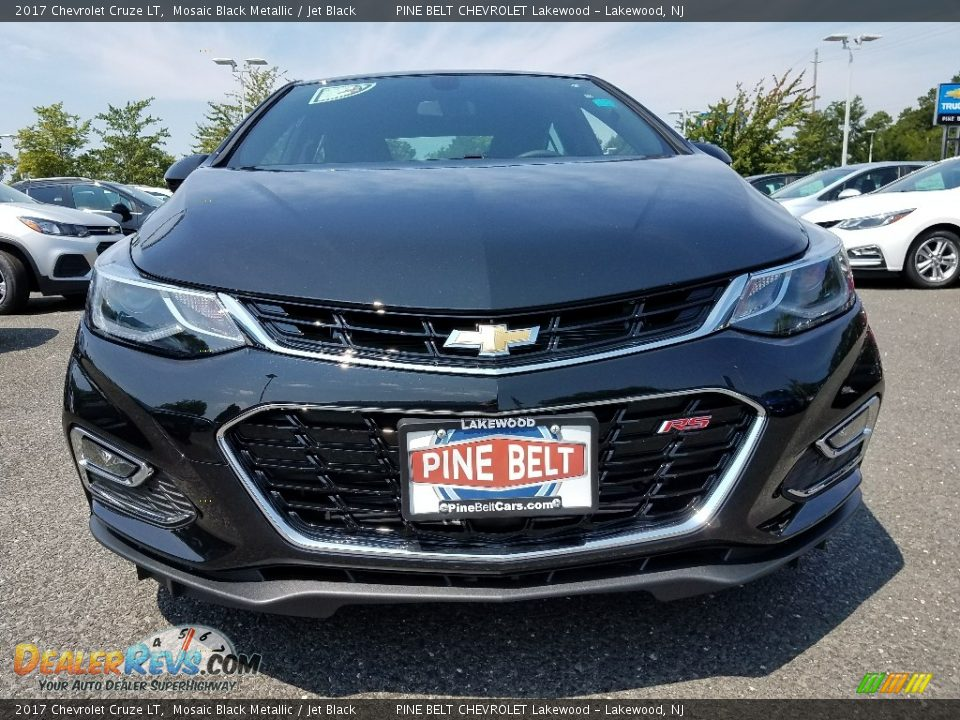 2017 Chevrolet Cruze LT Mosaic Black Metallic / Jet Black Photo #2