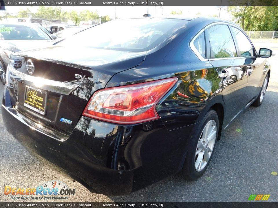 2013 Nissan Altima 2.5 SV Super Black / Charcoal Photo #5