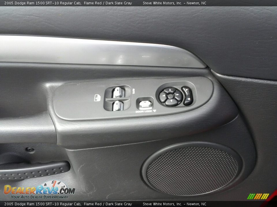 2005 Dodge Ram 1500 SRT-10 Regular Cab Flame Red / Dark Slate Gray Photo #14