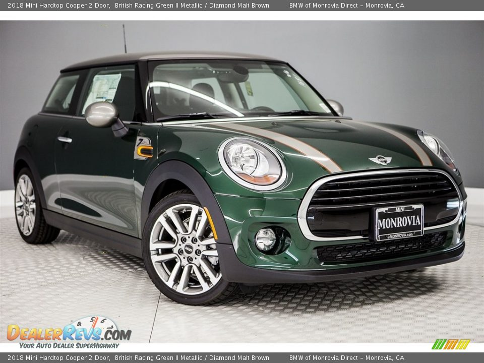 2018 Mini Hardtop Cooper 2 Door British Racing Green II Metallic / Diamond Malt Brown Photo #11