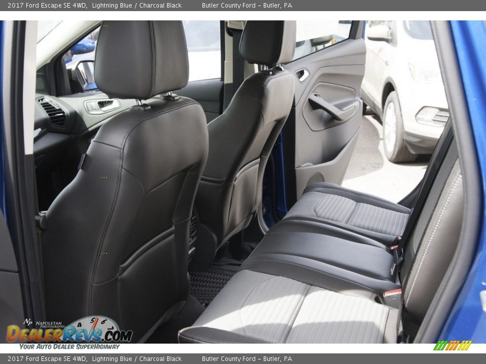 2017 Ford Escape SE 4WD Lightning Blue / Charcoal Black Photo #10