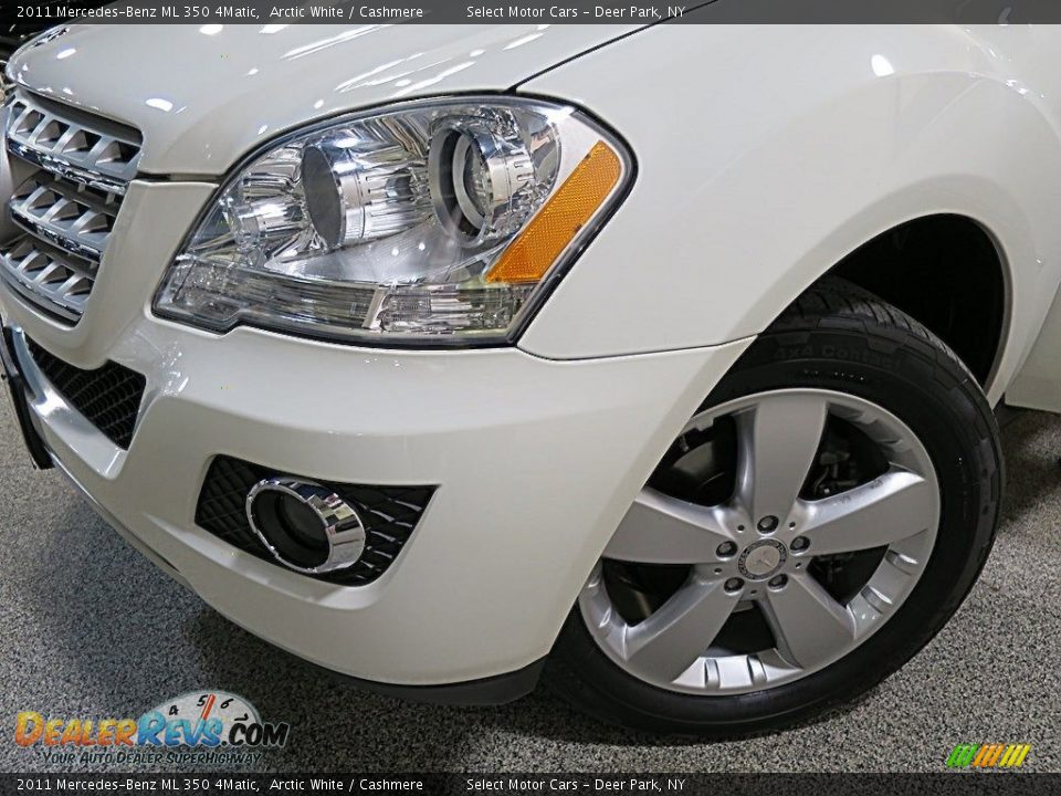 2011 Mercedes-Benz ML 350 4Matic Arctic White / Cashmere Photo #8
