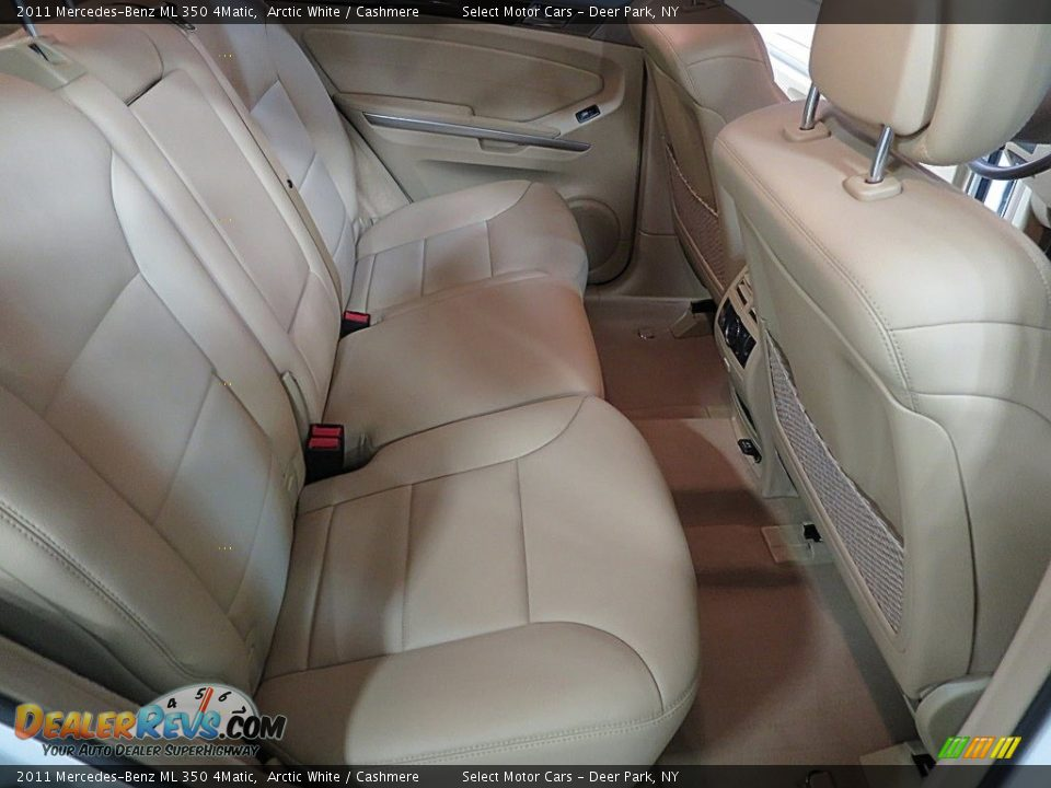 2011 Mercedes-Benz ML 350 4Matic Arctic White / Cashmere Photo #16