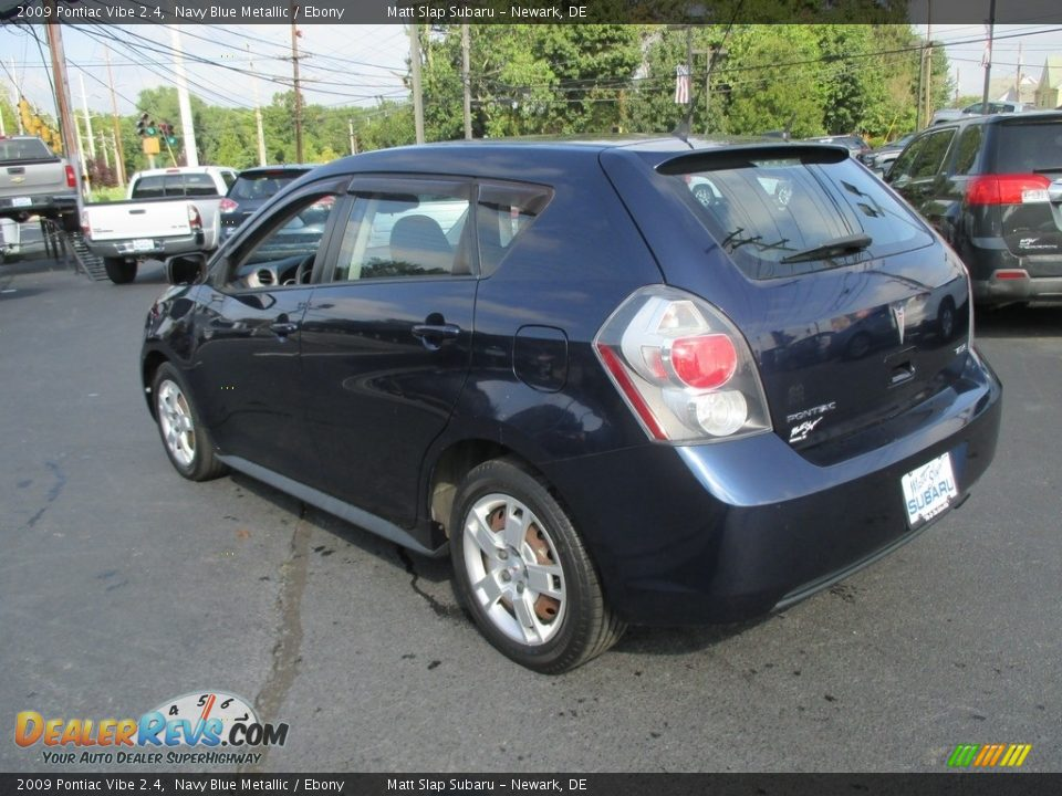 2009 Pontiac Vibe 2.4 Navy Blue Metallic / Ebony Photo #8