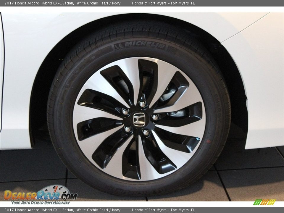2017 Honda Accord Hybrid EX-L Sedan White Orchid Pearl / Ivory Photo #2
