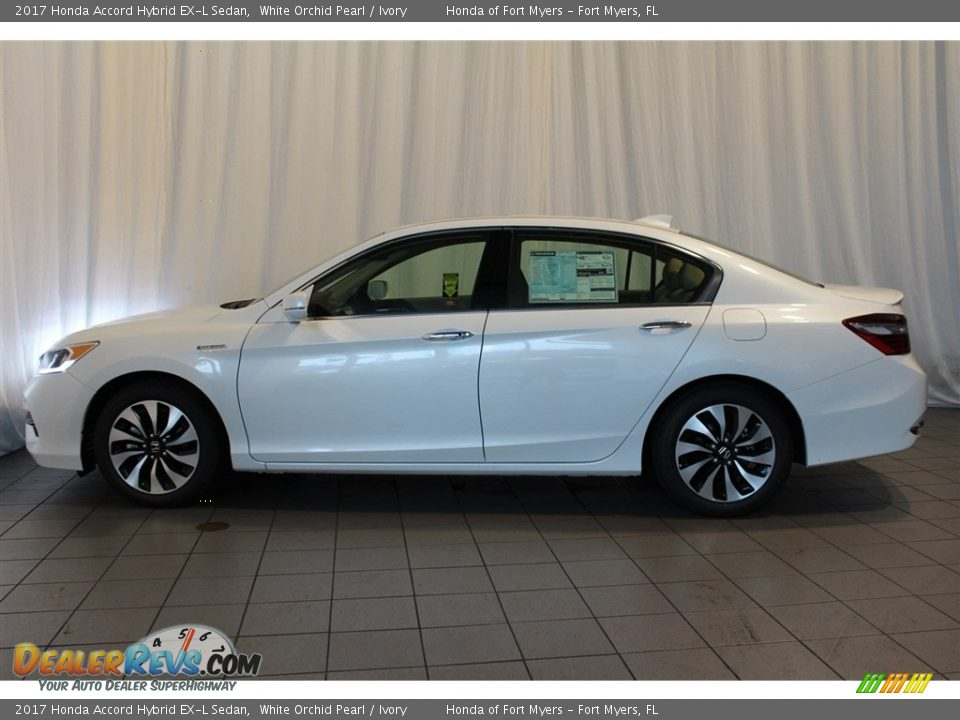 2017 Honda Accord Hybrid EX-L Sedan White Orchid Pearl / Ivory Photo #5