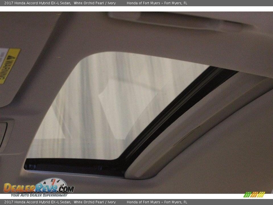 2017 Honda Accord Hybrid EX-L Sedan White Orchid Pearl / Ivory Photo #28