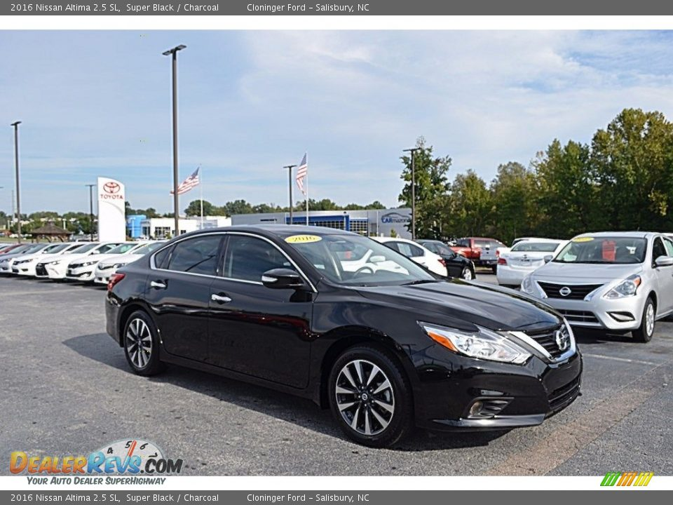 2016 Nissan Altima 2.5 SL Super Black / Charcoal Photo #1