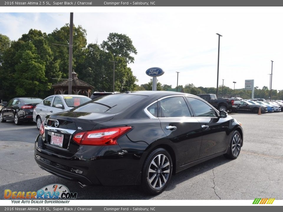 2016 Nissan Altima 2.5 SL Super Black / Charcoal Photo #3