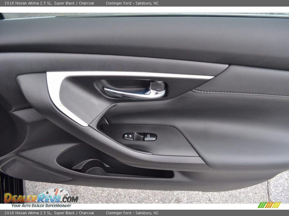 2016 Nissan Altima 2.5 SL Super Black / Charcoal Photo #15