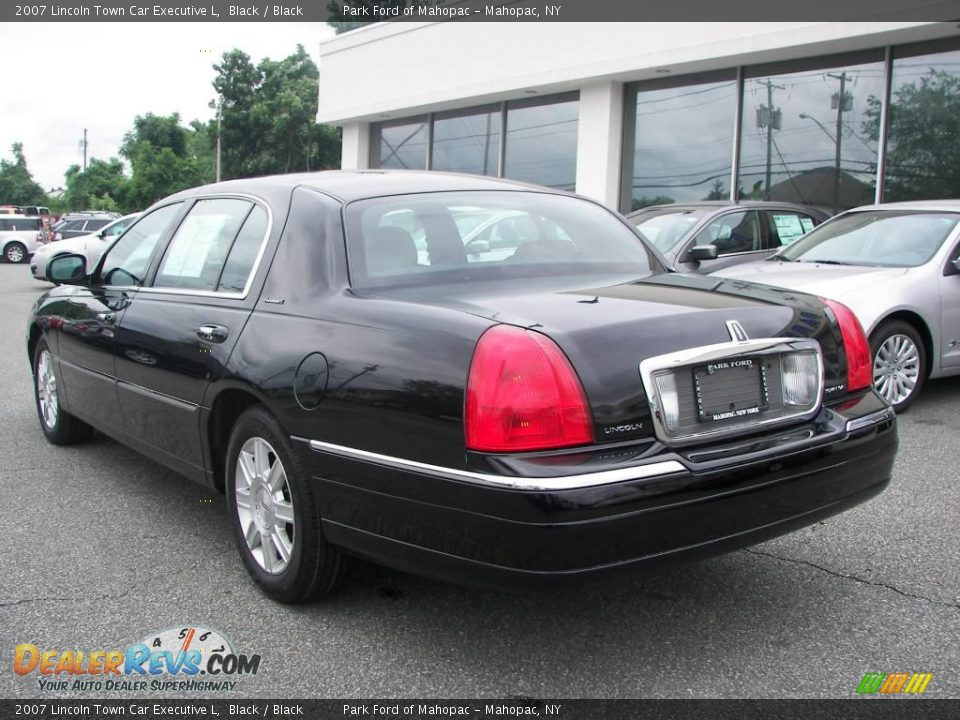2007 lincoln town car executive l black black photo 4 for State motors lincoln dealer manchester nh